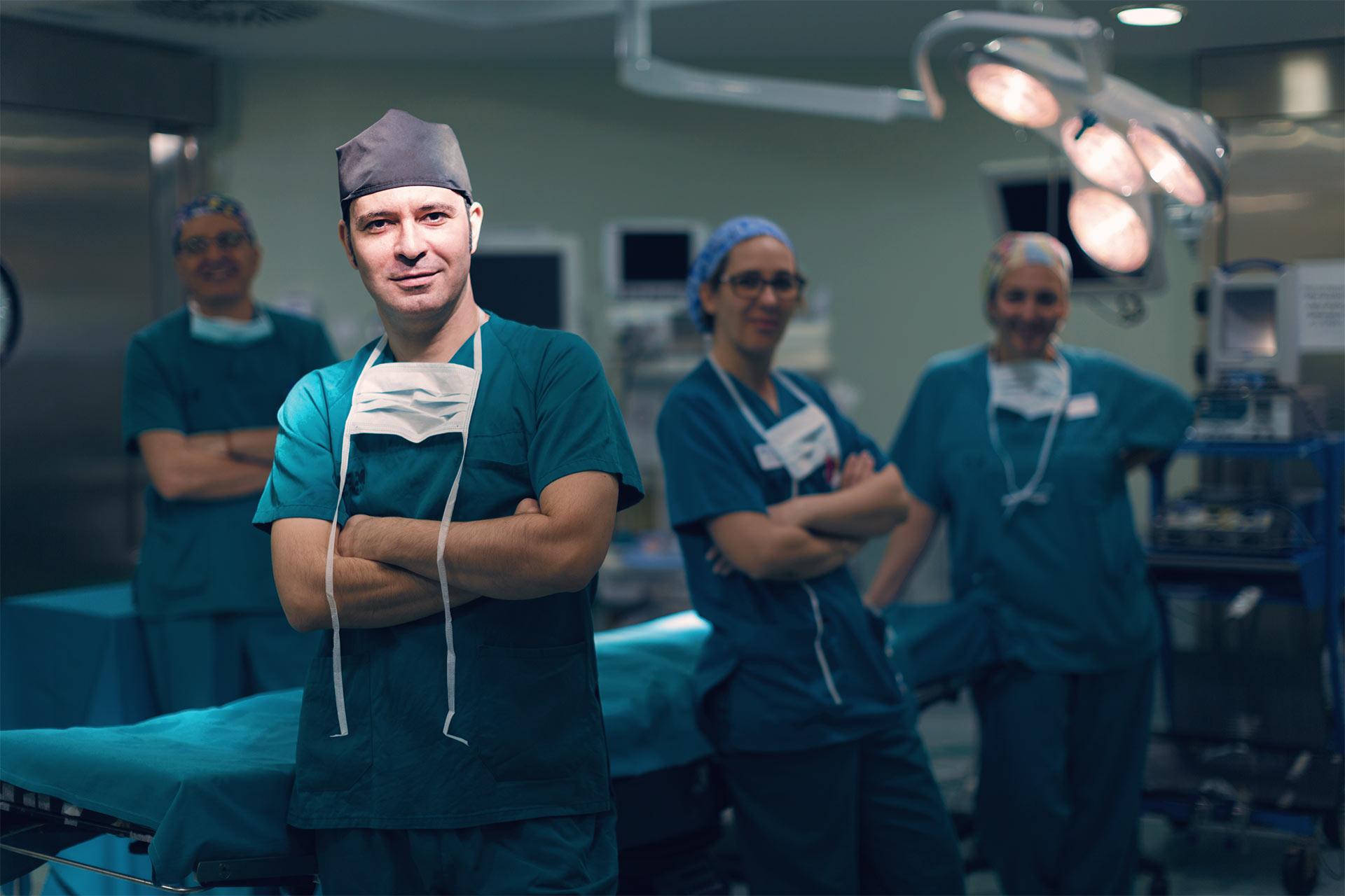 Especialista en cirugía de mano
