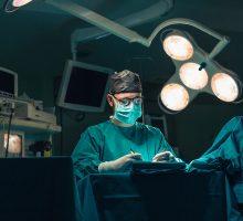 Dr-Polo-Cirujano-de-mano-026